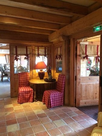 Hotel le Chamois d'Or : l'entrée, tres cosy
