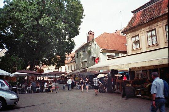 Tkalčićeva : t3