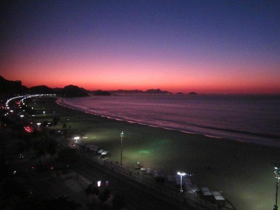 JW Marriott Hotel Rio de Janeiro: Sunrise from Room 1418