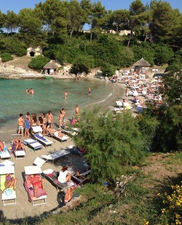 Le Cale d'Otranto Beach Resort : La spiaggia ...... Aiutoooooo