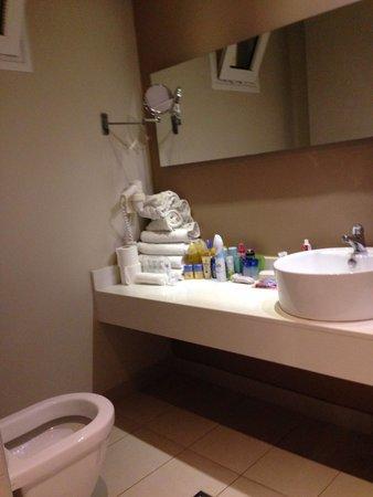 Holiday Village Kos by Atlantica: Bathroom
