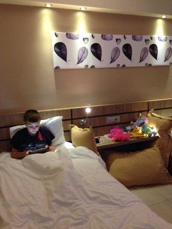Holiday Village Kos by Atlantica: Kids twin room