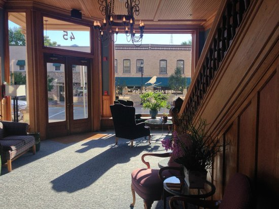 The Audubon Inn: view of lobby and main entrance from front desk.