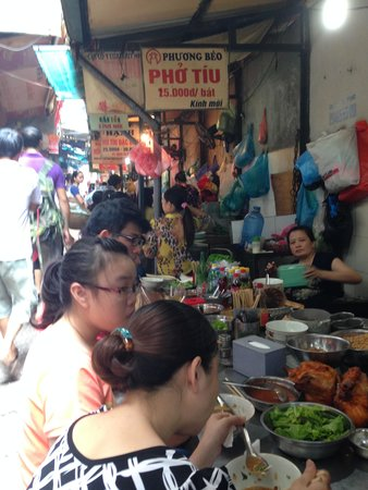 Hanoi Street Food Tour: Great Dining Experience