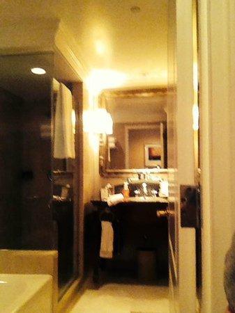 The Ritz-Carlton, Philadelphia : Bathroom