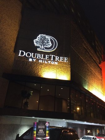 DoubleTree by Hilton Nashville-Downtown: Nashville Hub Hotel. Right where you want to be