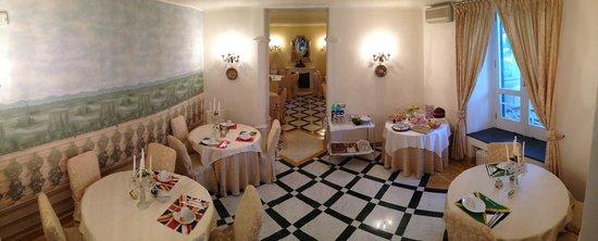Relais La Rupe : Breakfast Room