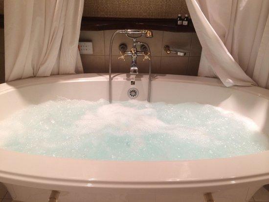 لوبون إنتنت: Cocooning room bath