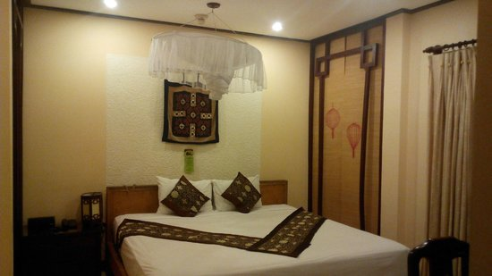 Vinh Hung Library Hotel: standard double room