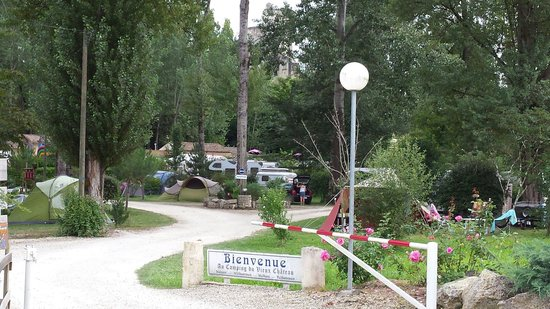 Camping du Vieux Chateau: Entree camping