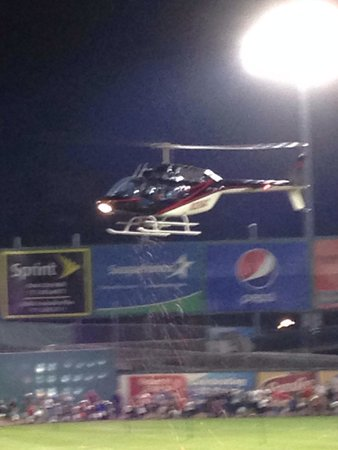 Clipper Magazine Stadium: Candy from the helicopter!