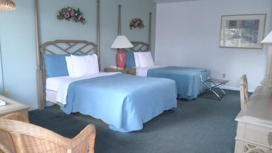 Admiral Motel: Deluxe Room