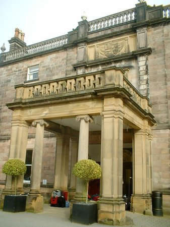 Warner Leisure Hotels Nidd Hall Hotel: Nidd Hall Entrance