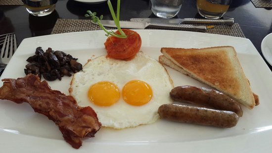 AYANA Resort and Spa: Breakie...at Dava