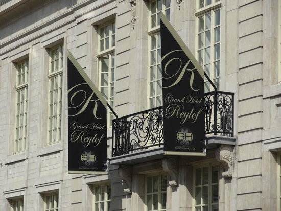 Sandton Grand Hotel Reylof: voorkant