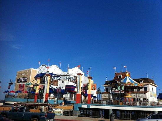 Galveston Island Historic Pleasure Pier : Entrance