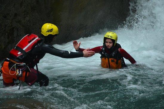 Alpin Raft : Helping hand