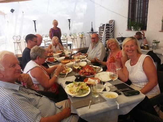 Mundo Pequeño: lobster party!