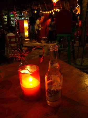 Puro Corazón: Having some beers and hearing some tunes