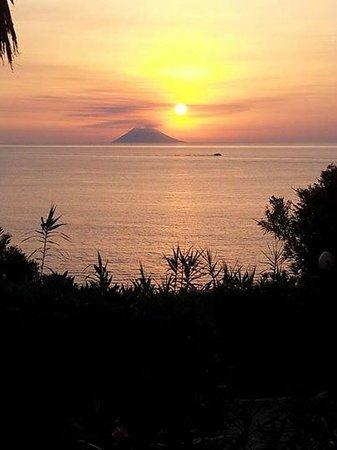 Hotel Villaggio Stromboli : ogni sera uno spettacolo mozzafiato