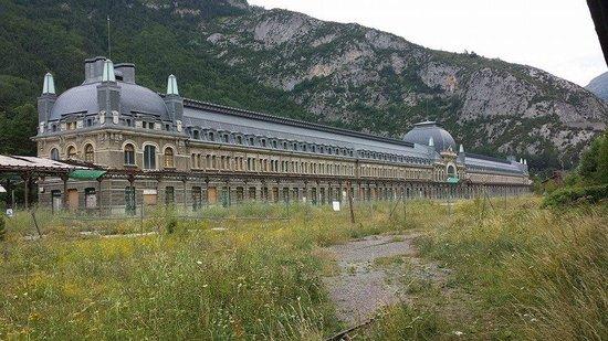Estacion Internacional de Canfranc : Le Batiment des Voyageurs côté Français