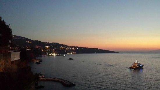 Grand Hotel Parco Del Sole: The view from San Agnello front (10 min walk)