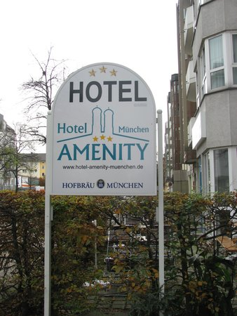 Hotel AMENITY München : ingresso hotel
