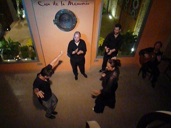 Casa de la Memoria : 踊り