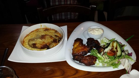 Hop & Vine : Chicken Wings and Potato Skins