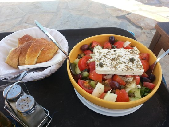 Brothers Hotel: Lisa's Greek Salad - all homegrown!