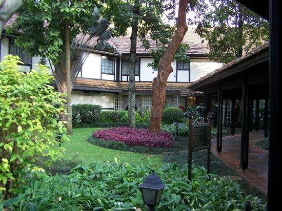 Southern Sun Mayfair Nairobi: Gardens