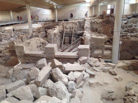 Akrotiri Archaeological Site: Руины