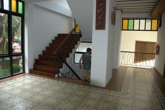 K.B. Resort: hall
