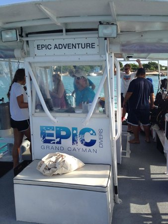 Epic Divers: Travel to the first dive site. of the day.