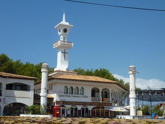 Club Santa Ponsa : petit village a meme pas 1km du club