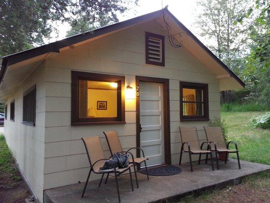 Vista Motel: Room 20