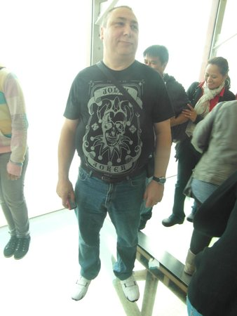 Tour et Cirque de Blackpool (Blackpool Tower and Circus) : me on the skywalk