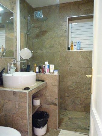 Villas Blancas: Salle de bain rénovée