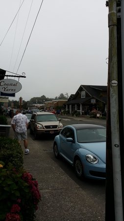Cannon Beach: A view of the downtown