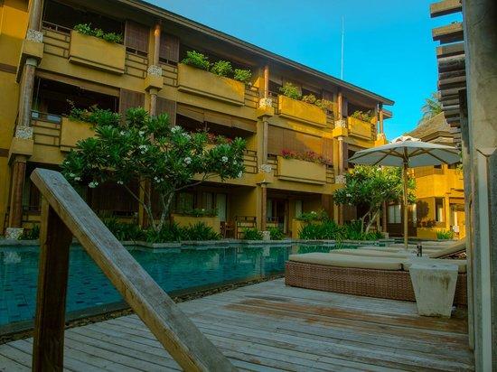 Deva Samui Resort & Spa: Deva Resort & Spa Koh Samui的客房區的游泳池規劃