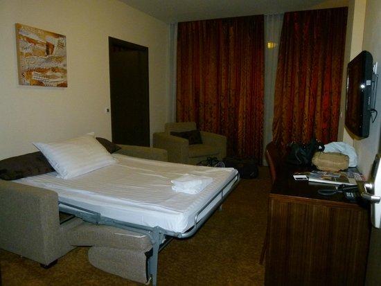 Hotel Regnum Residence: Cama supletoria
