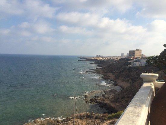 Hotel Masa International: Вид от бассейна