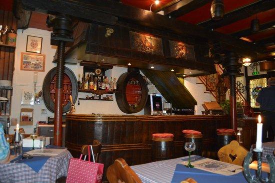 Caveau des Chevaliers de Malte : La salle de restaurant