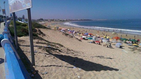 Sidi Bouzid Beach (Plage de Sidi Bouzid) : During low tide 2