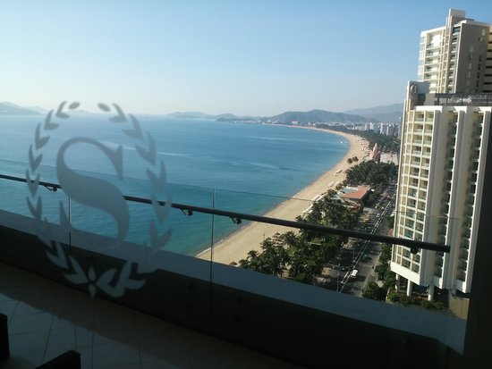 Sheraton Nha Trang Hotel and Spa: View from the balcony from one of the suites