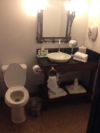 Villa Montes Hotel, an Ascend Collection Hotel : Bathroom