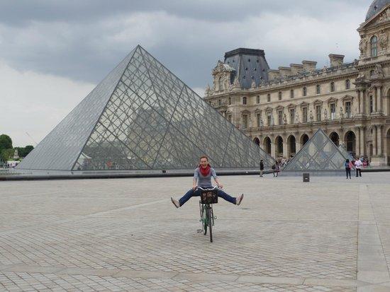 Bike About Tours : Bike About - Musée du Louvre