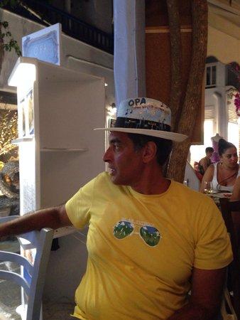 Opa Taverna: Amr Hany