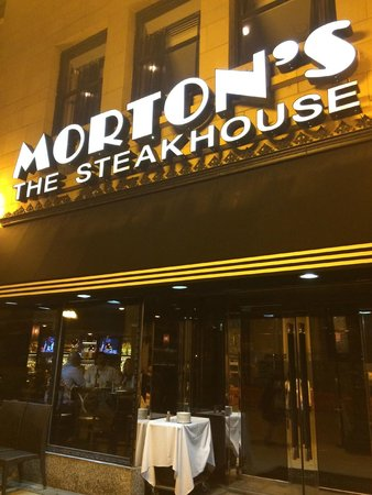 Morton's The Steakhouse - Chicago - Wacker Place: fachada