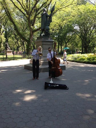CityRover Walks NY: CityRover Central Park Tour
